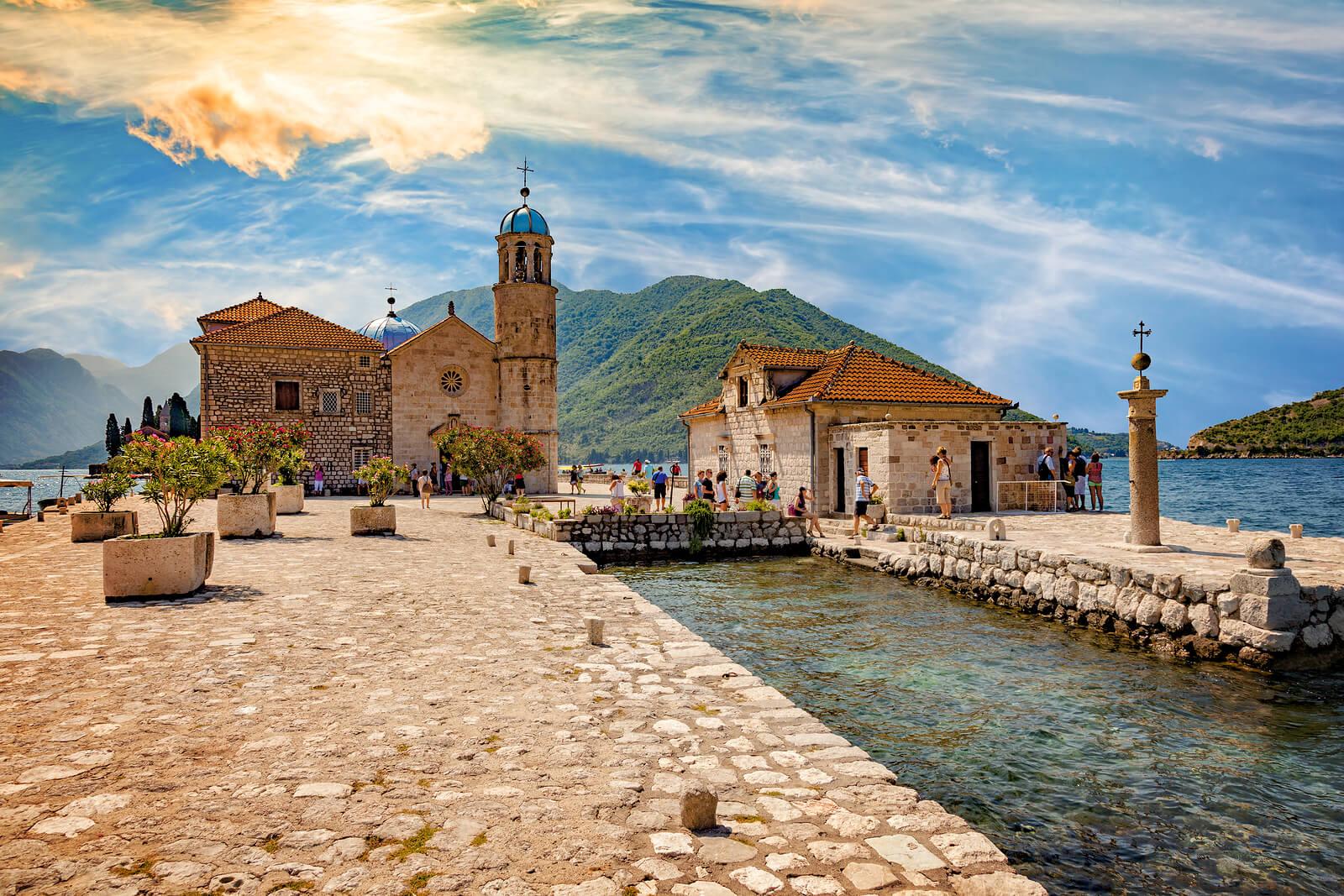 Country Balkan Tour