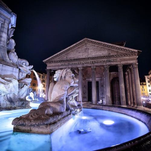 El extraordinario patrimonio artístico, histórico y cultural hace que Italia sea uno de los destinos ideales para unas vacaciones inolvidables.